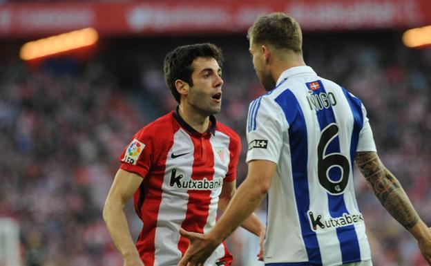 La Real Sociedad cambiará las camisetas de Iñigo Martinez, nuevo jugador del Athletic Bilbao, por una nueva