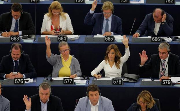 El Parlamento Europeo aprueba controvertida ley de derechos de autor en Internet