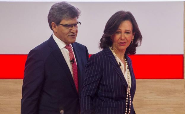 Santander vende su filial de Puerto Rico a FirstBank por 1.000 millones