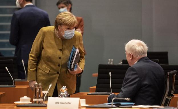 Alemania prohíbe el grupo neonazi 'Sturmbrigade 44'
