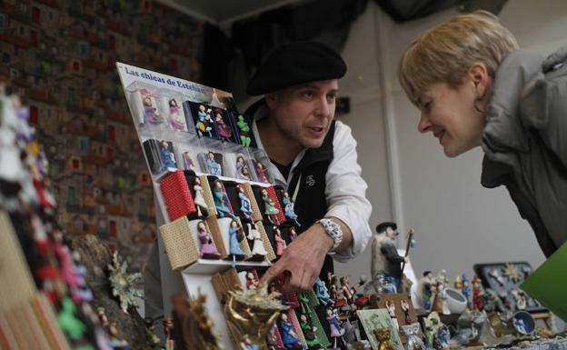 Abre La Feria De Artesanía De Navidad En Bilbao Con 48 Puestos El