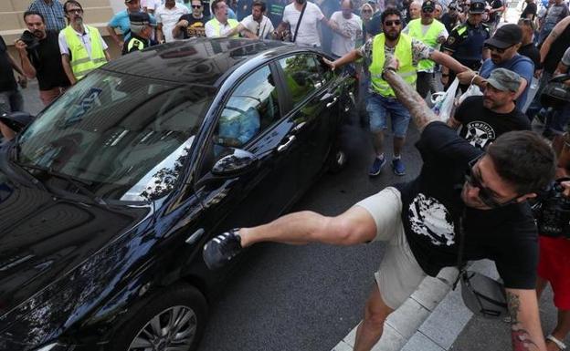 Jadeo levantar Son  Uber y Cabify vuelven a operar en Barcelona | El Correo