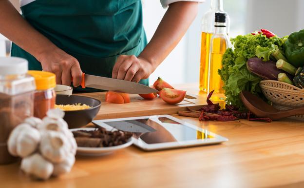 aplicaciones-aprender-cocinar-2019-U601036856160UwB-U70203477799ehH-624x385@El%20Correo-ElCorreo