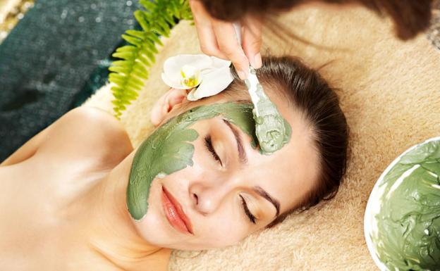 Cosmética natural: ¿son los aceites vegetales y esenciales tus mejores  aliados de belleza? | El Correo