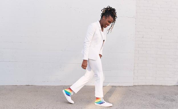 vena Superar Desprecio  Nike, Converse y New Balance tiñen sus zapatillas con los colores del  Orgullo para apoyar la diversidad | El Correo